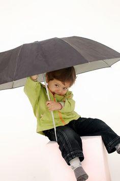 Enfance protection parapluie fessée coups conséquence violence éducative ordinaire