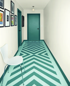 Liven up your floors with a painted details, like this chevron pattern. #Paint #Decor #IndoorSpaces #PaintedFloor #Chevron