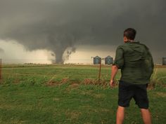 Reed Timmer is raising funds for Tornado Chasers on Kickstarter! An independent documentary series that captures the intensity, passion and science of chasing with Reed Timmer. Tornados, Thunderstorms, Severe Weather, Extreme Weather, Tornado Chasers, Tornado Season, Tornado Alley, Skier, Wild Weather