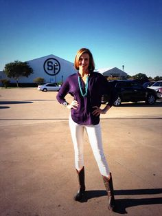 Brenda being beautiful at Southfork - white jeans and boots!!!!