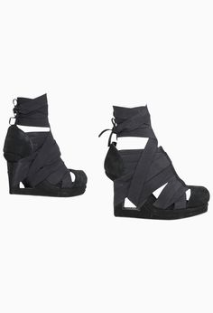 WOMEN :: ACCESSORIES :: BANK WEDGE COAL - NICHOLAS K