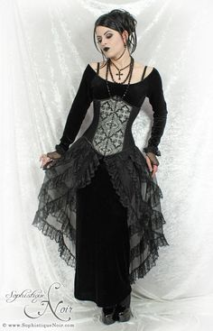 1000 Images About Gothic Styles On Pinterest Gothic Fashion Goth And Goth Girls