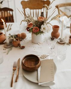 Fall Aesthetic, Simple fall tablescape idea, modern decor, vintage home, vintage decor Terracota, Wedding Table, Fall Wedding, Table Setting Inspiration, Beautiful Table Settings, Wedding Decorations, Table Decorations, Ceramic Tableware, Event Decor