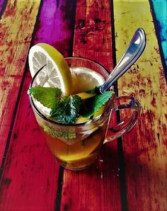 Peppermint tea with lemon and honey