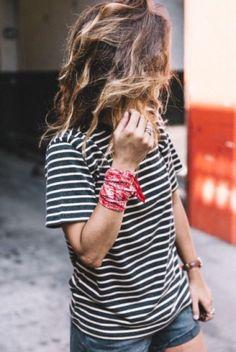bandana-vermelha-no-punho-325x485                                                                                                                                                                                 More