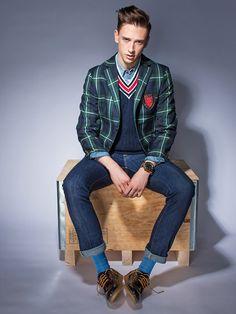 Hackett College Blazer, Hackett Sweater, Scotch & Soda Shirt, Jacob Cohen Jeans, Diesel Shoes, Poseidon Watch, Falke Socks