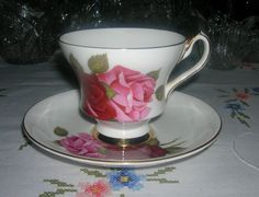 Vintage Bone China Windsor England Cup and Saucer Set Large Pink Red Roses Pattern