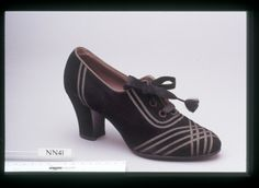 Shoe by Rosenthal and Doucette, late 1930's United States, London College of Fashion
