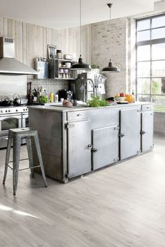 Kitchen Flooring Ideas - Our gorgeous luxury vinyl and also rubber floorings are the ideal combination of function as well as design. Here are just a couple of kitchen area flooring concepts to obtain you began! Grey Vinyl Flooring, Luxury Vinyl Flooring, Luxury Vinyl Tile, Luxury Vinyl Plank, Diy Flooring, Flooring Ideas, Best Flooring For Kitchen, Vinyl Flooring Kitchen, Kitchen Vinyl