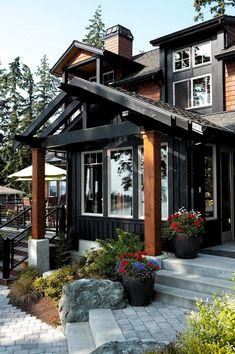 I'm seeing a colour trend in my picks - does that mean I'm stick in a rut! Black House Exterior, Exterior House Siding, Craftsman Exterior, Cottage Exterior, Craftsman Bungalows, Exterior House Colors, Exterior Design, Craftsman Style Homes, Craftsman Style Interiors