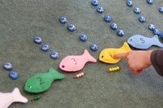 telwerkje vissen - MontessoriNet Summer Activities, Preschool Activities, The Ocean, Ocean Unit, Montessori Math, Rainbow Fish, Under The Sea, Crafts For Kids, Creative
