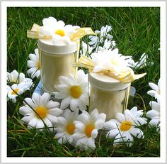Daisy Wedding Candle Favors