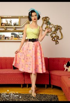 Love this skirt, top and even chiffon scarf. I want the whole outfit!