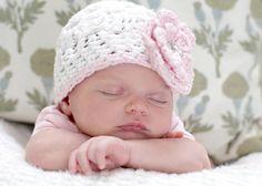 Sweet crochet hat for baby girl...$19.50, via Etsy.