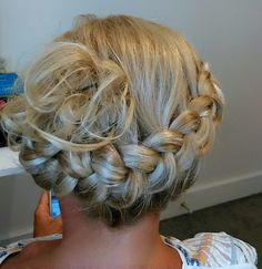 Dutch braided upstyle Dutch, Braids, Dreadlocks, Hair Styles, Beauty, Beleza, Dreads, Dutch People, Pigtail Hairstyle
