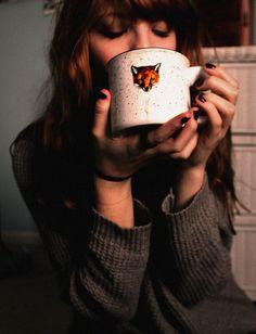 sweater fox mug winter outfits gray knit cozy fall outfits tea coffee hot chocolate hipster wishlist Coffee And Books, Coffee Love, Coffee Break, Cozy Fall Outfits, Joy Of Life, Hot Chocolate, Nespresso, Tea Time, Tea Cups