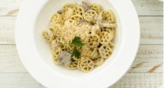 Corelle®  Recipe   Garlic-Mushroom Pasta Sauce