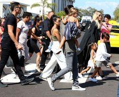 Khloe Kardashian Photos - The Kardashian Family Celebrates In La Jolla - Zimbio