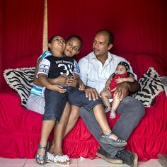 For Brazil's Zika Families, a Life of Struggle and Scares - The New York Times