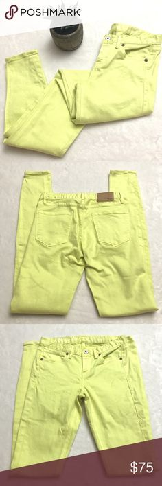 """MADEWELL Neon Green Yellow Skinny Skinny Jeans MADEWELL Neon Green Yellow Skinny Skinny Jeans size 24. Excellent condition. Waist measures 13.5"""" flat across. Rise is 8"""" and inseam is 32"""". Madewell Jeans Skinny"""