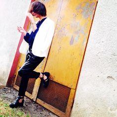 Colours ⚪️⚫️ Akcent @hm jacket| @zara shirt and pants| @riverisland shoes | @hermes bracelet #instamood #like4like #bestoftheday #friends #instalike #igers #fun #summer #picoftheday #instadaily #girl #followme #tbt #cute #instagood #tagsforlikesapp