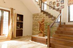 Jaya & Rajesh : Modern corridor, hallway & stairs by Cozy Nest Interiors
