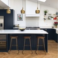 Move over all other kitchens because this is one stylish space. It's all down to our brass Foundry pendant lights, OBVIOUSLY!