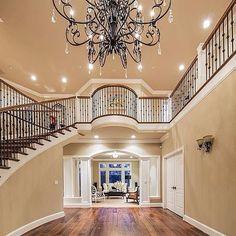 800K+ Fans on Facebook. Showcasing Elegant Residences™ and Mega Estates. DM📥 for Features.  SHOP For Your Home 👇🏼👇🏼👇🏼