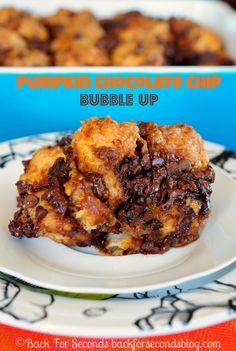 Pumpkin Chocolate Chip Bake - so insanely good!!! A must make! ! #pumpkinrecipe #falldessert