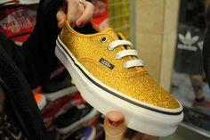 sparkly gold vans. ♡