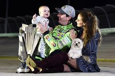 Words can't describe how amazing last night was! I am so proud of Kyle and the 18 team and beyond grateful to our family, friends, sponsors and fans for the love and support they give us in the good times and bad. Above all, thank you God for the greatest blessing of our lives Brexton and making our dreams come true by winning the Championship!!! [Padgram @samanthabusch]
