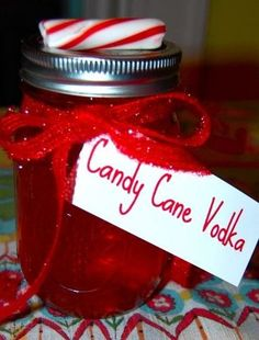 Christmas Gifts in a Jar - Candy Cane Vodka - Click pic for 25 DIY Christmas Gifts