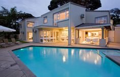 Forest Manor Boutique Guest House is an impressive contemporary classic luxurious 5 star boutique guest house in La Lucia, Durban. 5 Rooms/Units to choose from. Kwazulu Natal, Contemporary Classic, Spa, Boutique, Mansions, Luxury, House Styles, Dream Houses, Rooms