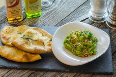 Lunchbox - self-service restaurant Guacamole, Lunch Box, Restaurant, Chicken, Meat, Food, Eten, Restaurants, Meals