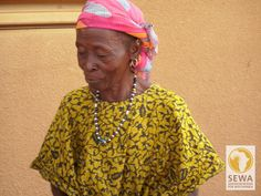 Betuchte Dame | solar-afrika.de