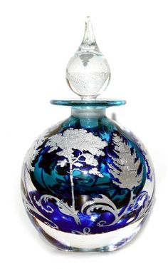 Lovely blue and silver leaf perfume bottle (=)