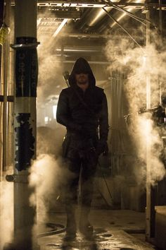 "Oliver Queen - #Arrow Season FInale ""Unthinkable"""