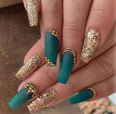Teal Nails, Green Nails, Bling Nails, Gold Gel Nails, Cute Nails, Pretty Nails, Gorgeous Nails, Hair And Nails, My Nails