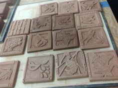 Low Relief Tile Carving Mcmurray Art Room Especially Clay Lera Kakel Porslin Slab Pottery, Ceramic Pottery, Pottery Art, Clay Art Projects, Ceramics Projects, Ceramic Wall Art, Ceramic Clay, Slab Ceramics, Clay Tiles