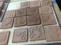 Low Relief Tile Carving Mcmurray Art Room Especially Clay Lera Kakel Porslin Slab Pottery, Ceramic Pottery, Pottery Art, Clay Art Projects, Ceramics Projects, Ceramic Wall Art, Ceramic Clay, High School Ceramics, Slab Ceramics