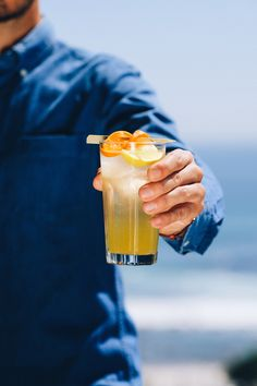 Drinks, Cocktails, Beverages, Bar, Home Bar, Gin, Club Soda, Soda Water, Sugar, Lemon, Clementine, Orange, Cocktail Bar, Ingredients, Strainer, Clemengold Gin, Copper Tools, Tom Collins, Sundowners, Summer Drink Tom Collins, Wmbw, Summer Drinks, Toms, Cocktails, Orange Cocktail, Gin, Beverages, Lemon