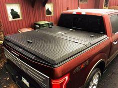 DiamondBack 270 is a locking toolbox tonneau cover made of aluminum. Weatherguard Truck Tool Boxes, Truck Bed Storage Box, Truck Tools, Truck Box Covers, Pickup Bed Covers, 4x4 Trucks, Ford Trucks, F150 Bed Cover, Toyota Tacoma Accessories