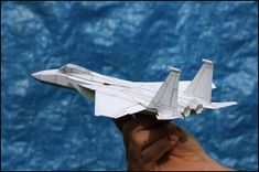 John's designs for flying papercraft planes, Paper Airplane Models, Model Airplanes, Paper Models, Plane 3d, Pepakura Designer, Origami Paper Plane, Diy Cement Planters, Cardboard Toys, Airplane View
