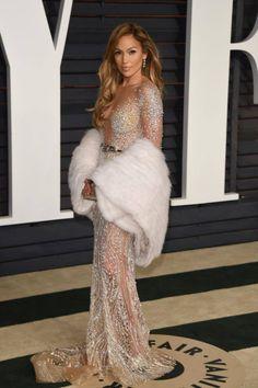 #JenniferLopez in #ZUHAIRMURAD at the Vanity Fair Oscars afterparty