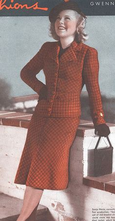 I'm in the mood for chic skirt suits this fall, and this eye-catching number from 1939 would fit the bill perfectly.