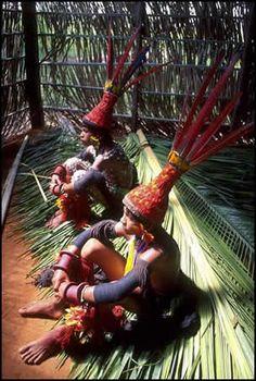 Índios carajás