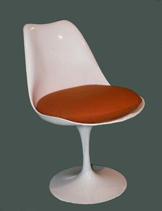 Chairs By Famous Architects: Modernist Chairs Tulip Chair by Eero Saarinen
