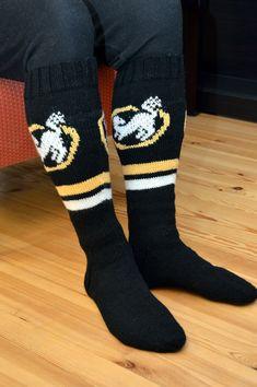 Kuvahaun tulos haulle kärpät villasukat Knitting Patterns, Socks, Sewing, Fashion, Moda, Dressmaking, Fashion Styles, Knitting Paterns, Cable Knitting Patterns