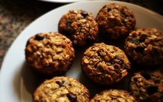 "The term ""muffin"" can be used to describe a few baked goods, such as English muffins and muffins as Americans know them, which are baked in a tin. While muffins get a bad rep as being unhealthy, this oatmeal muffin recipe is delicious and nutritious! The Oatmeal, Oatmeal Muffins, Baked Oatmeal, Overnight Oatmeal, Oatmeal Scotchies, Oatmeal Yogurt, Homemade Horse Treats, Comidas Fitness, Lactation Cookies"