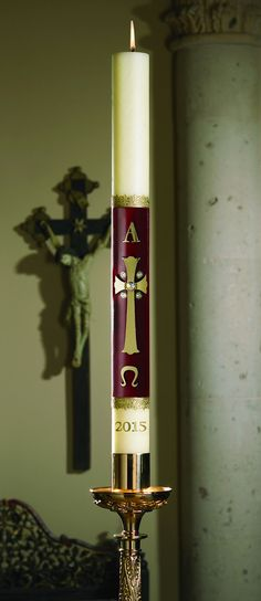 A beautiful symbol of new life through the Risen Christ. Every Will & Baumer® paschal candle is designed with beauty and liturgical practice in mind. Handcrafted to burn with confidence for a longlast